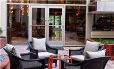 Morrison-Clark Historic Inn & Restaurant - Courtyard and Lobby