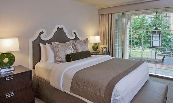 Does Morrison-Clark Historic Inn & Restaurant offer safe accommodation?