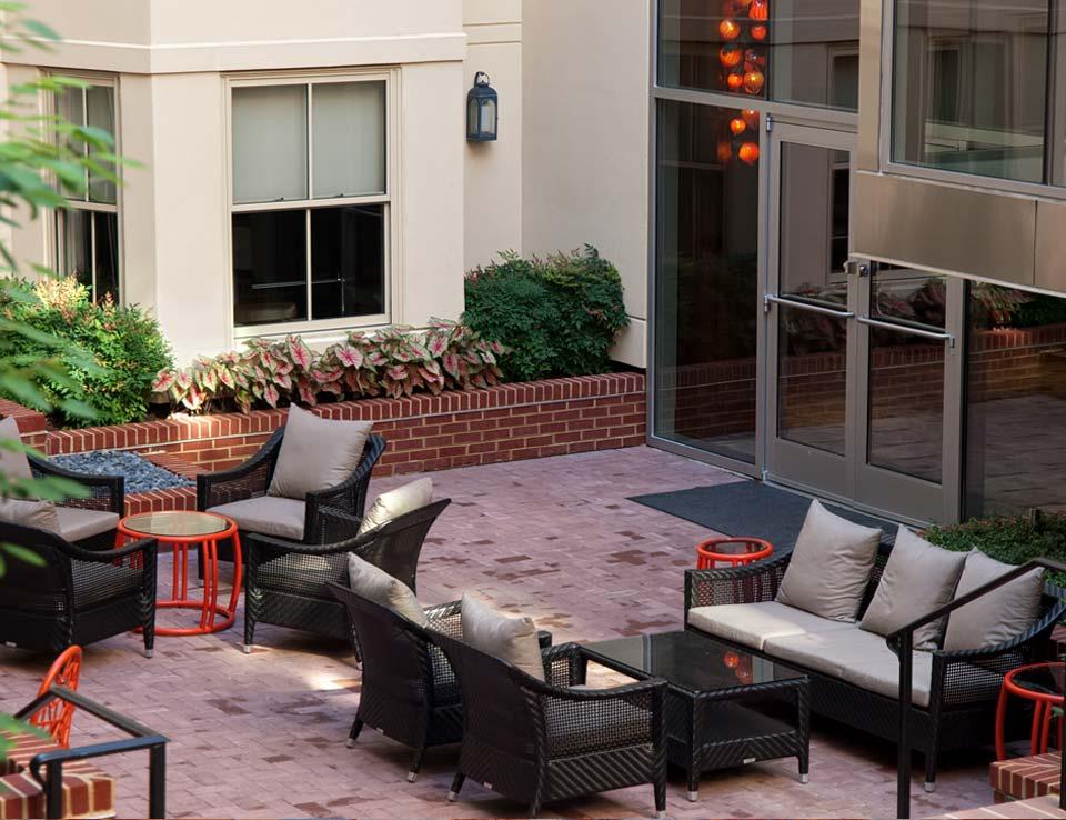 Morrison-Clark Historic Inn & Restaurant Courtyard